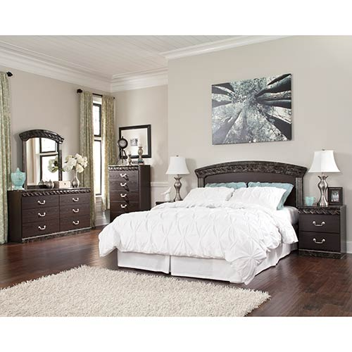 Rent To Own Ashley Vachel 6 Piece Queen Bedroom Group