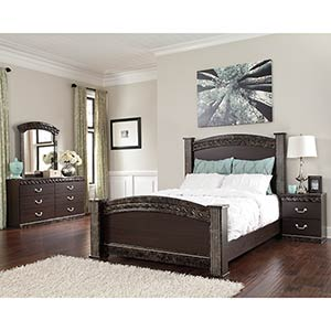 Signature Design by Ashley Vachel 6-Piece Queen Poster Bedroom Set- Room View